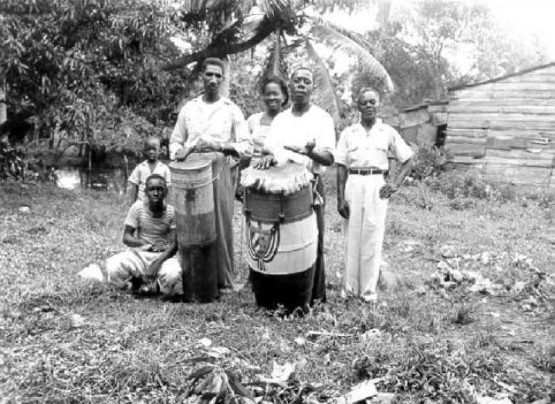 Musik Kuba - Makuta_drummers